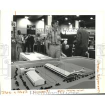 1994 Press Photo Model of proposed air cargo terminal-New Orleans International
