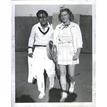 1942 Press Photo Betz Segura Coach Tennis New York - RRQ04899