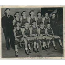 1941 Press Photo Two Rivers team won state high school basketball championship.