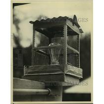 1931 Press Photo Antique lantern modernized by industrialist Owen D. Young