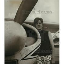 1969 Press Photo Marilyn Bell, flier - abna21386