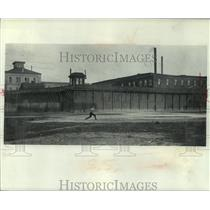 1902 Press Photo Milwaukee's first House of Correction built in 1866 - mjc01923