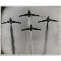 1959 Press Photo Dassault Super Mystere Jet Fighters join the French Air Parade