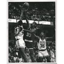 1989 Press Photo Otis Thorpe, Houston Rockets Basketball - RRQ35835