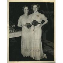 1935 Press Photo Mrs Anita Fremault Shown With Her Daughter Anita Louise
