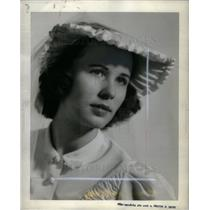 1940 Press Photo E.J. Schoenherr - DFPD10235