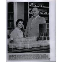 1958 Press Photo Joshua Lederberg Esther Lederberg - DFPD23471