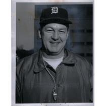 1959 Press Photo Jim Miller Univ Detroit Football Coach - DFPD12663