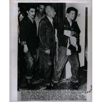1952 Press Photo Movie Producer Walter Wanger shooting - DFPD21767