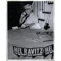 1981 Press Photo Mel Ravitz Council candidate - DFPD65525