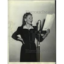 1940 Press Photo Helen Hayes Theater at Columbia Broadcasting System - lrz01639