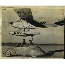 1939 Press Photo Clyde Schlieper & Wes Carroll fly pontoon plane - lrz01464