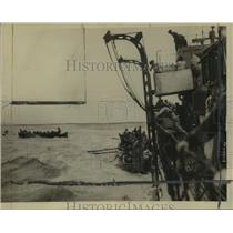 1917 Press Photo Remarkable photo shows liner sinking in Mediterranean