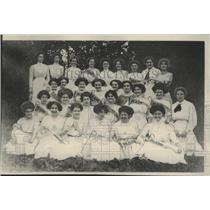 1910 Press Photo Girls from Main Exchange at annual picnic in Washington Park.