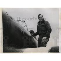 1944 Press Photo William Boughton first to land plane in the new French Airstrip