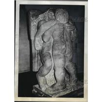 1942 Press Photo Jacob & Angel Sculpture by Jacob Epstein at Leicester Galleries