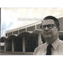 1972 Press Photo Robert Cardinal manages new Airport for Tuscaloosa, Alabama