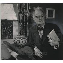 1954 Press Photo Artist Carl Van Treek will leave enduring works in America