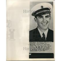 1961 Press Photo Samuel Enfield, Pan American First Officer of hijacked plane