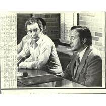 1973 Press Photo Kent Frizzell & Roubideaux, AIM attorney, at news conference