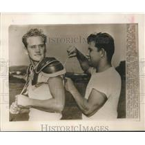 1947 Press Photo Los Angeles Dons' Burr Baldwin and Alex Agase at summer camp