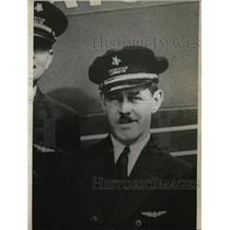1936 Press Photo Portrait of American Airways Pilot Sanford L. Underwood