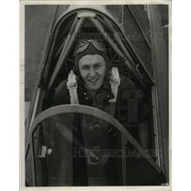 1940 Press Photo Flying Cadet Cloa Strader shown in cockpit of his trainer