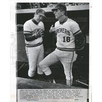 1972 Press Photo Del Crandall And Wes Stock, The Braves - RRQ49399