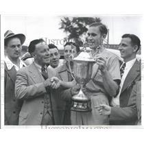 1941 Press Photo Soccer Charles Leech Michigan Barlow T - RRQ31537