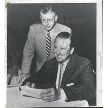 1955 Press Photo Ralph Kiner General Manager San Diego Ball Team - RRQ70359