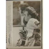 1974 Press Photo Bob Nystrom Gerry O'Flaherty Hockey - RRQ11567