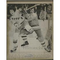 1975 Press Photo Jerry Butler New York Rangers - RRQ12127