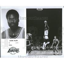 1976 Press Photo Lucius Allen Los Angeles Lakers Basket - RRQ13261