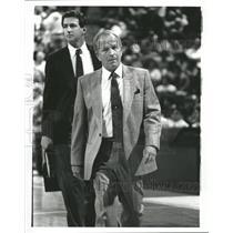 Press Photo Phoenix Suns Coach Cotton Fitzsimmons - RRQ61927