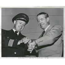 1955 Press Photo Lou Fageol & Capt. E. K. Nelson - RRQ65715