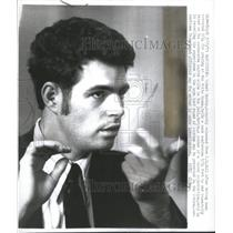 1973 Press Photo Robert Martin DC Jail arrested praying- RSA19577