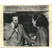 1948 Press Photo Chester Bowles & wife learn he is elected new Conn Governor