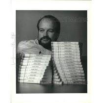 1993 Press Photo Tracy Humble, Where Inmates Stay & Convicts Run author