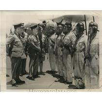 1940 Press Photo Air Chief Marshal Sir ArthurLongmore inspects an Egyptian Base
