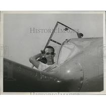 1947 Press Photo Tony Le Vier flew in Thompson - nem66186