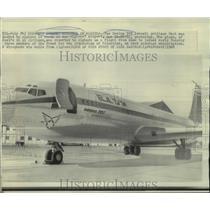 1968 Press Photo A recently hijacked Boeing 707 Israeli jetliner in Dar El-Beida