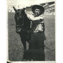 1928 Press Photo Worlds Champion Steer Wrestler Hastings Soldier Field