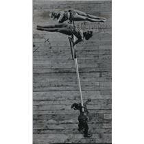 1961 Press Photo Georgian Acrobatic Balancing Act Are Part Of Circus Performance
