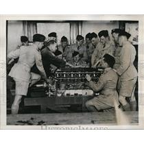 1939 Press Photo Air Cadets learn mechanical engineering in Australia