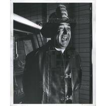 1973 Press Photo Garant Marshall Foley Fireman policeman- RSA59291