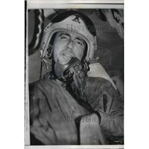 1959 Press Photo Capt Shelton Anthony sits in experimental seat in a B-47