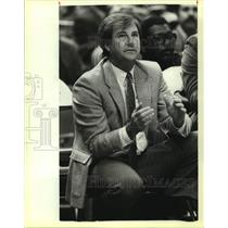 1983 Press Photo San Antonio Spurs basketball coach Morris McHone - sas14147