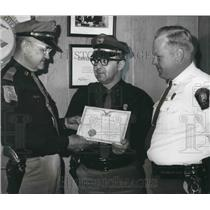 Press Photo Legion of Valor awarded to Camp Hill Police Officer D. B. Near