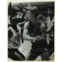 1986 Press Photo Dallas Mavericks basketball player Detlef Schrempf - sas15166