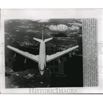 Press Photo A Boeing 707 flies over Puget Sound, Seattle, Washington - mjw01293